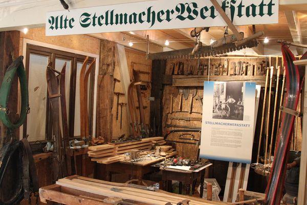 Alte Werkstatt in einem Wintersport Museum